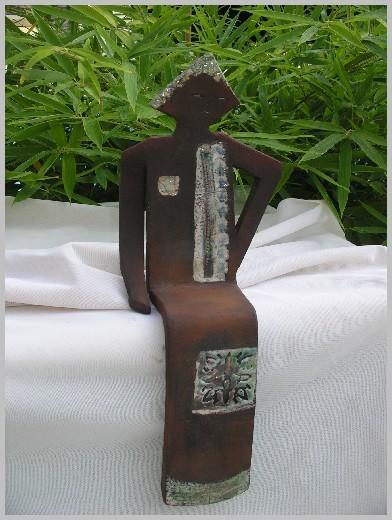 Sculpture Raku mat de manganèse et nature Marie Lise
