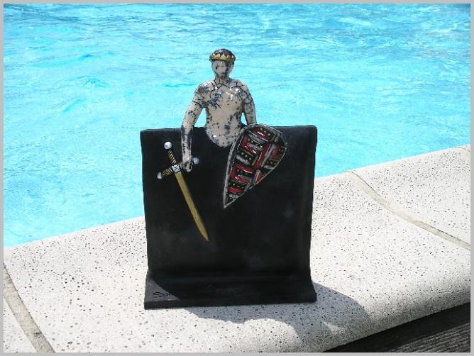 Sculpture Raku noir et couleur Sandrine